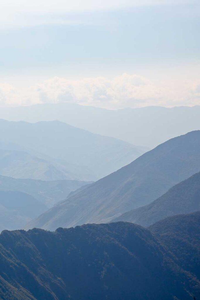 Ultimate Guide on How to Hike to Machu Picchu Peru // localdventurer.com