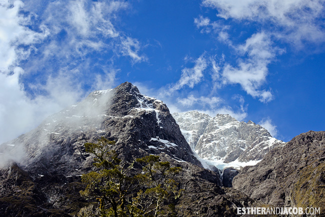 Milford Sound Mountains | 10 Day Guide to South Island New Zealand with Contiki.