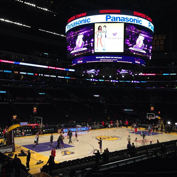Lakers Game at Staples Center | Tourists at Home LA ...Lakers Game