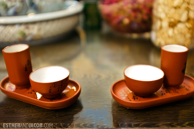 what to do in beijing: tea tasting. These were the tea cups that we were given to sample our tea.
