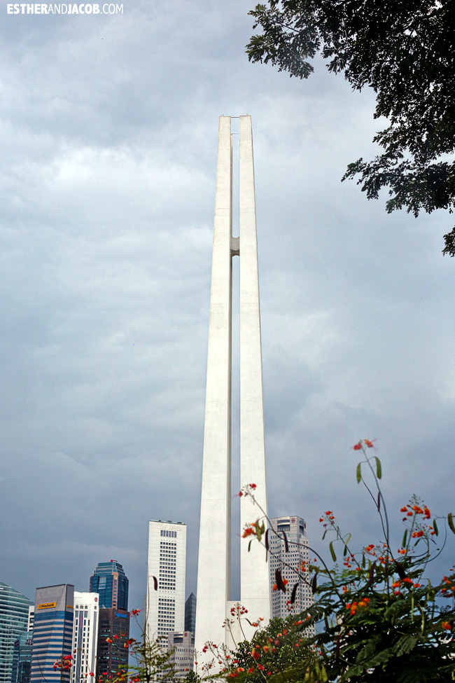 Singapore Tourist Attractions: Civilian War Memorial Singapore