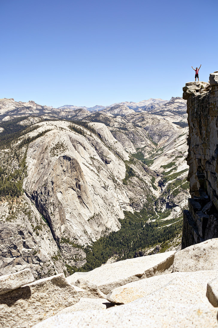 Hiking Half Dome Yosemite National Park // localadventurer.com