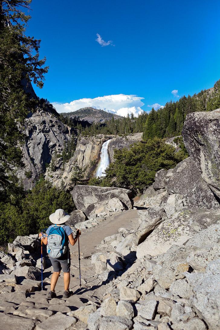 Yosemite Nevada Falls Hike // localadventurer.com
