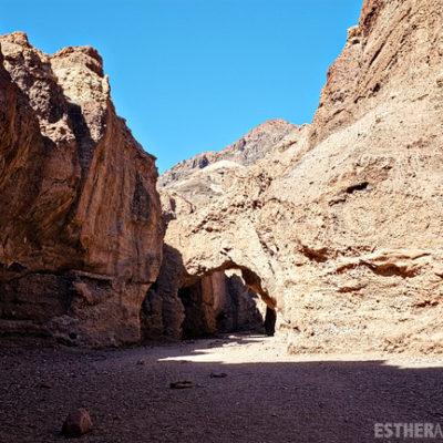 Death Valley Park. Photos of Death Valley. Natural Bridge.