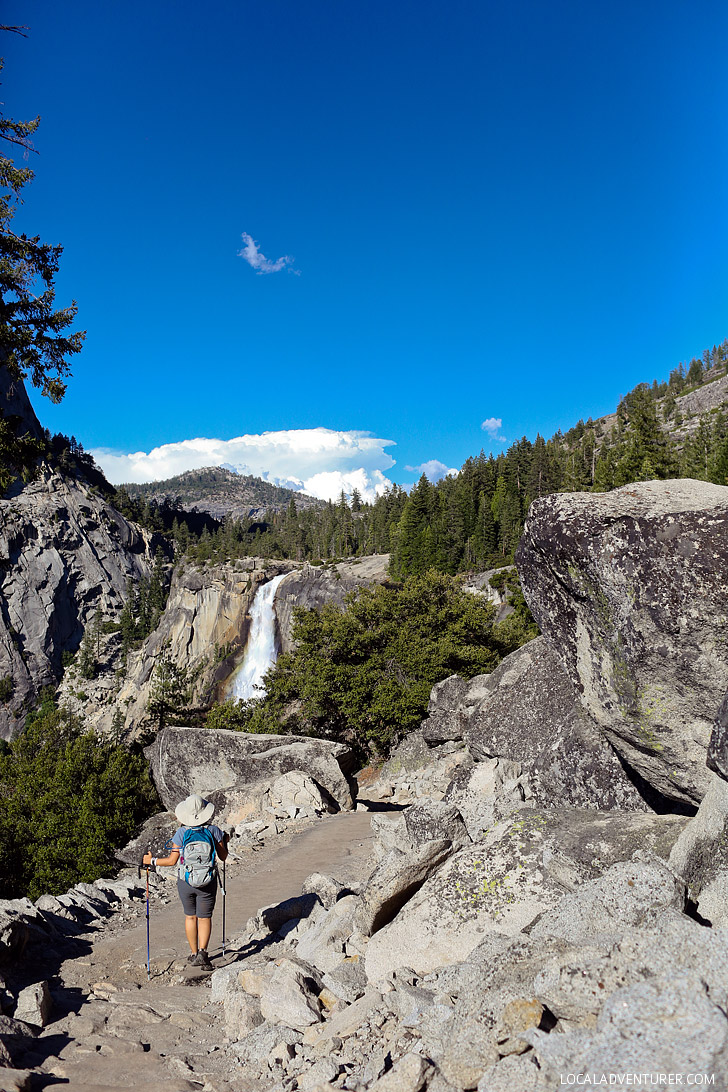 Hiking Nevada Falls Yosemite National Park // localadventurer.com