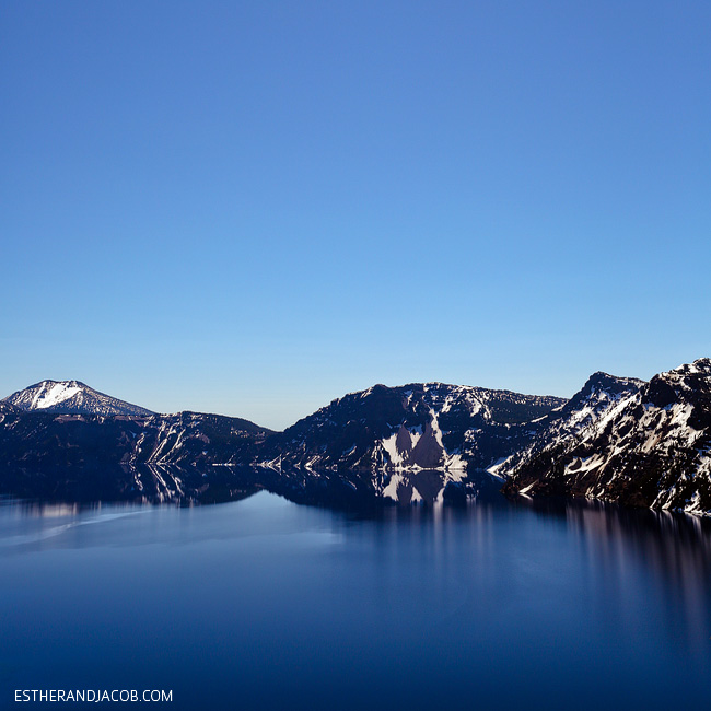 photo of mountain reflection crater lake national park. things to do at crater lake or. crater national park. what to do at crater lake oregon.