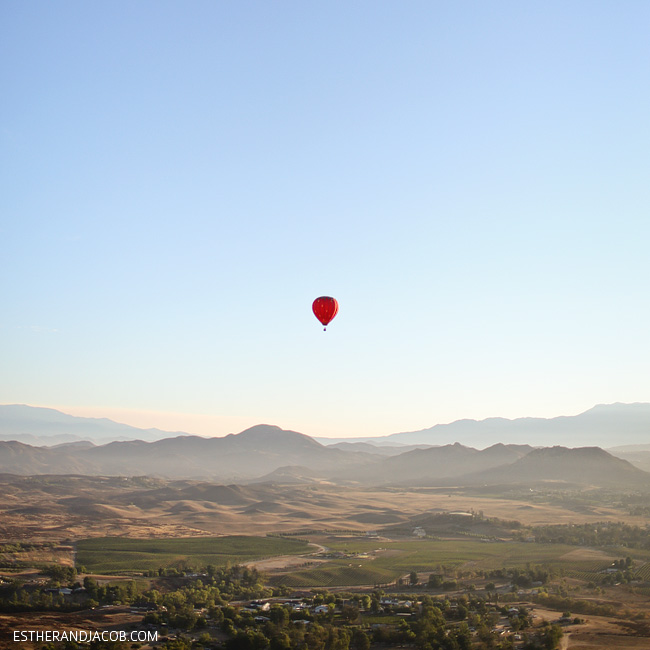 fly in a hot air balloon temecula. hot air balloon photos. hot air balloon balloon. hot air balloon for 2. sunrise balloons.