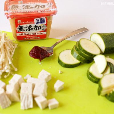 how to make doenjang jjigae. how to make korean bean paste soup. korean soup recipes. doenjang jjigae recipe. jjigae recipe. 된장찌개. korean food. korean stew recipes. korean soup recipe.