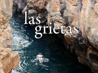 Snorkeling and Cliff Jumping at Las Grietas Santa Cruz Island.
