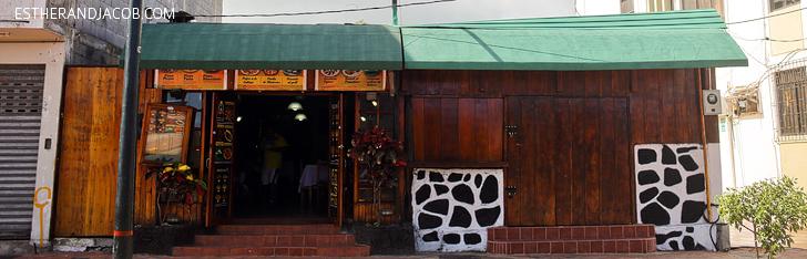 Puerto Ayora Restaurants | Food Guide to Puerto Ayora | Things to Do in Santa Cruz Island Galapagos.
