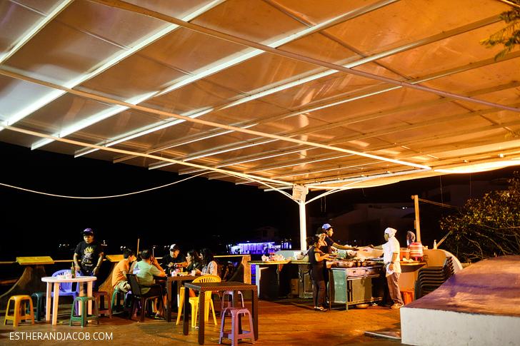 Puerto Ayora Fish Market | Food Guide to Puerto Ayora | Things to Do in Santa Cruz Island Galapagos.