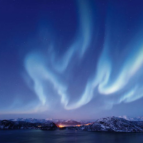Check this off your bucket list! // Where to See Northern Lights