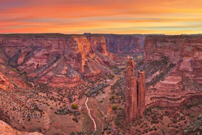 Canyon de Chelly Spider Rock
