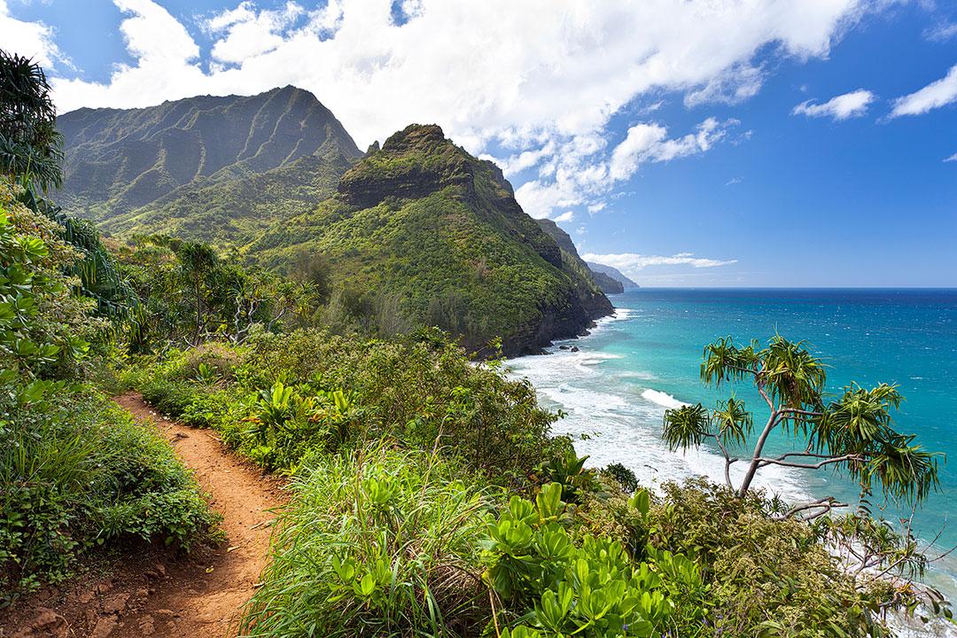 Kalalau Trail Kauai Hawaii+ 25 Best Hiking Trails in the World