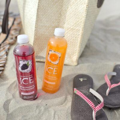 What's in My Beach Bag - Beach Essentials List.