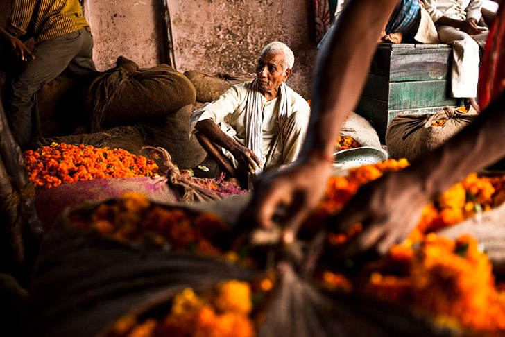 Chandni Chowk Market in Delhi India (25 Best Markets in the World to Add to Your Bucket List).