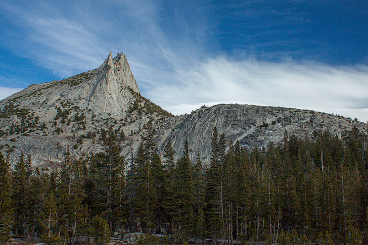 Cathedral Peak (15 Best Things to Do in Yosemite National Park That Will Take Your Breath Away) - National Park Service, Yosemite Places to See, Yosemite Points of Interest, and Yosemite Sites // localadventurer.com