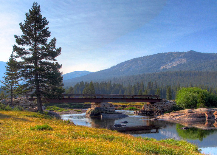 Tuolumne Meadow + 15 Breathtaking Things to Do in Yosemite National Park - What is There to Do in Yosemite // localadventurer.com