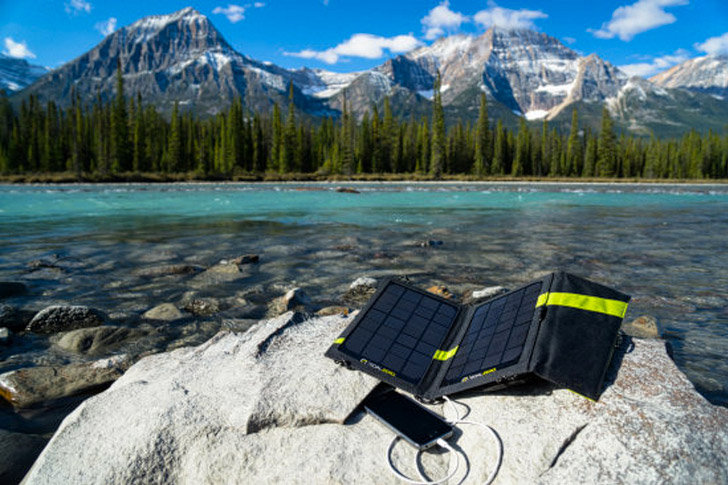 Goal Zero Nomad 7 Solar Panel (25 Best Gifts for Photographers).