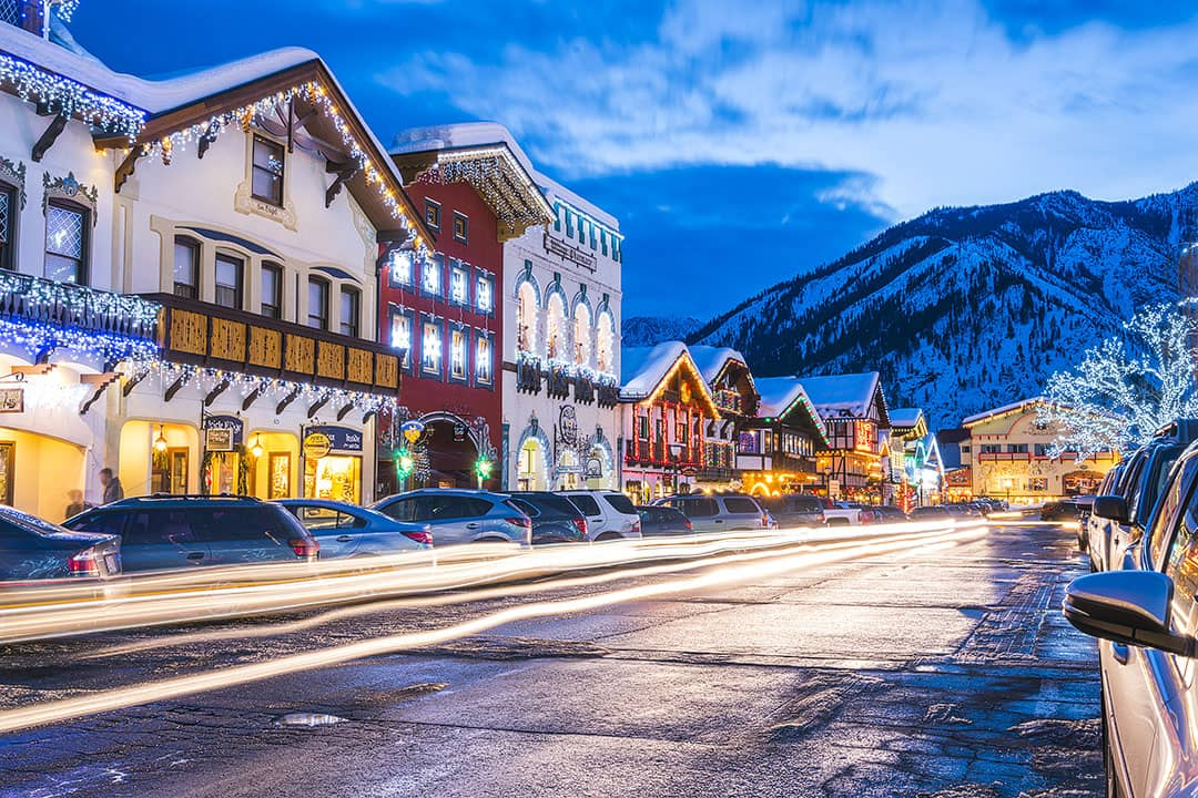 Leavenworth WA Christmas in USA + 15 Best Places to Spend Christmas in USA