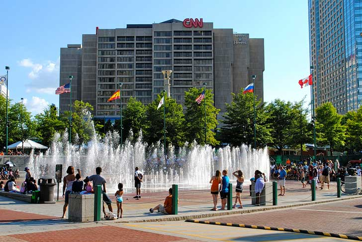 Centennial Olympic Park (Free Things to Do in Atlanta) // localadventurer.com