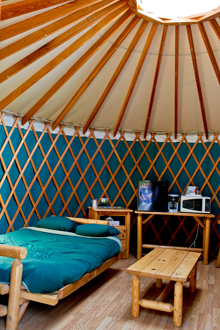 Glamping in Yosemite Yurts - Yosemite Pines RV Resort & Family Lodging // localadventurer.com