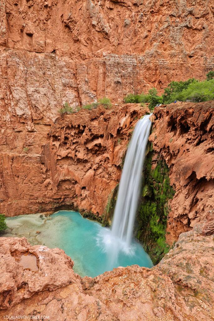 Mooney Falls Arizona - tallest of the waterfalls in the Havasupai Indian Reservation in Arizona // localadventurer.com