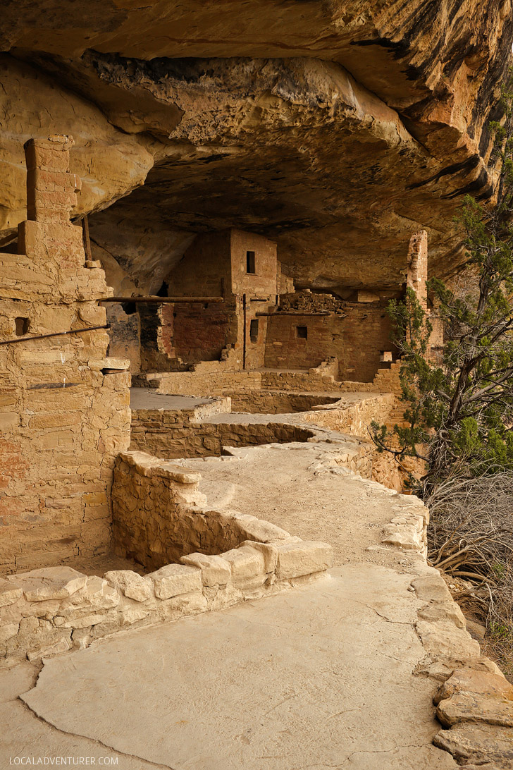 Walking on ancient ruins balcony house mesa verde tour for Origin of balcony