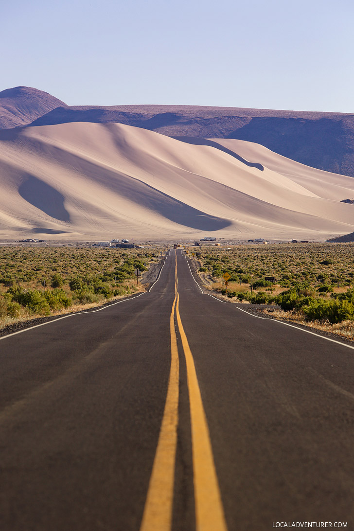 Sand Mountain Nevada - the perfect destination for ATVing, stargazing, or camping // localadventurer.com