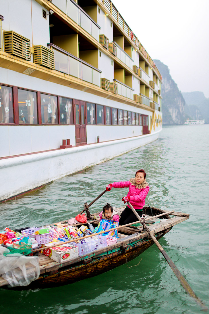 Taking the Luxury Golden Cruise through Halong Bay Vietnam // localadventurer.com