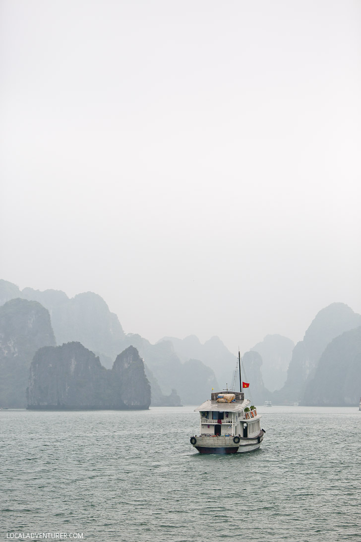 Magical Boat Cruise through Halong Bay Vietnam // localadventurer.com