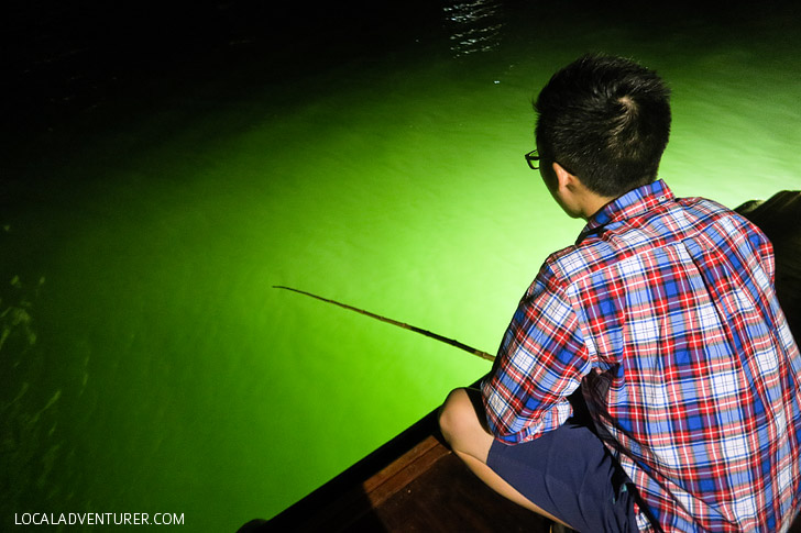 Squid Fishing in Halong Bay Vietnam // localadventurer.com