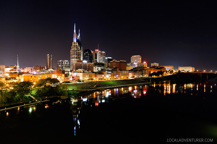 Walk Across the Shelby St Pedestrian Bridge and See the Nashville Skyline (+ 9 Awesome Things to Do in Nashville Tennessee) // localadventurer.com