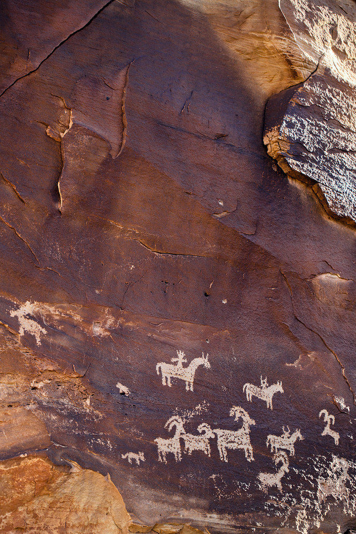 Petroglyphs Arches National Park - along the Delicate Arch Hike // localadventurer.com