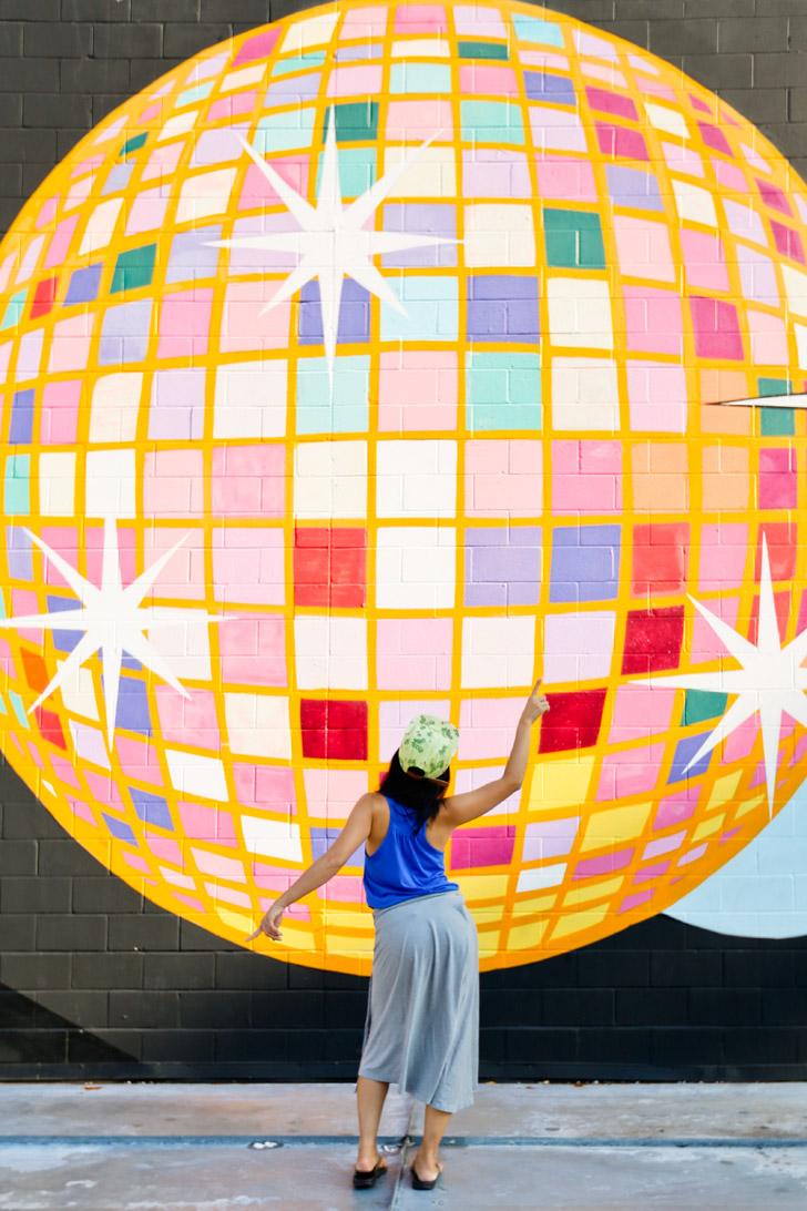 Disco Ball Mural at Disco Kroger (+ Best Instagram Spots in Atlanta) // localadventurer.com