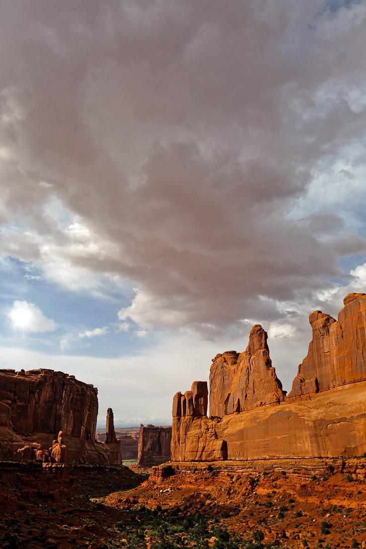 Park Avenue Arches National Park Utah // localadventurer.com