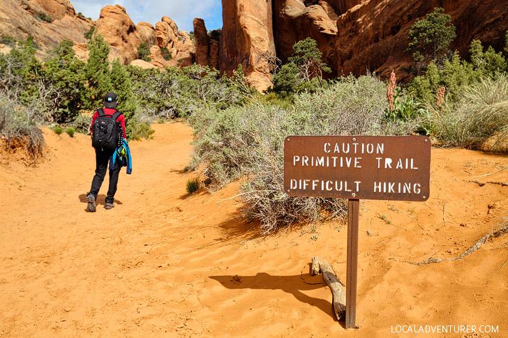 Devils Garden Trail - Best Hike in Arches National Park Utah // localadventurer.com
