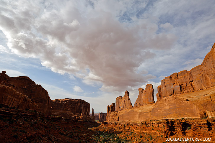 Arches Park Avenue (9 Arches You Must See in Arches National Park + More) // localadventurer.com
