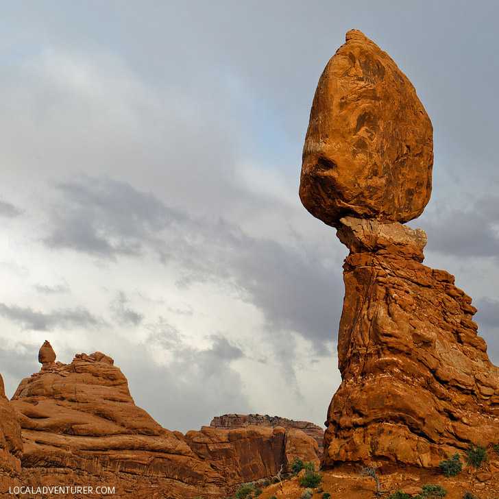 Balanced Rock Arches National Park Moab Utah // localadventurer.com