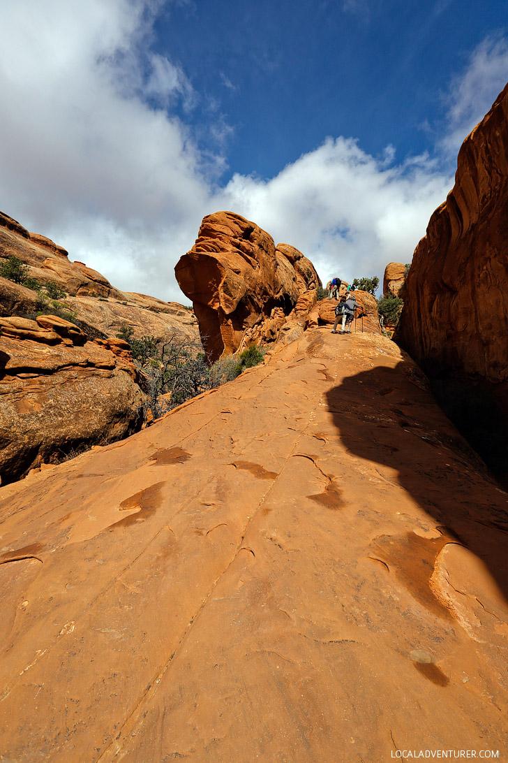 Hiking Arches National Park Utah // localadventurer.com