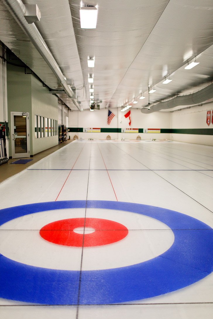 Evergreen Curling Club PDX - taking curling lessons // localadventurer.com