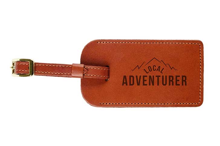 Custom Leather Luggage Tag (25 Best Gifts for Globetrotters) // localadventurer.com