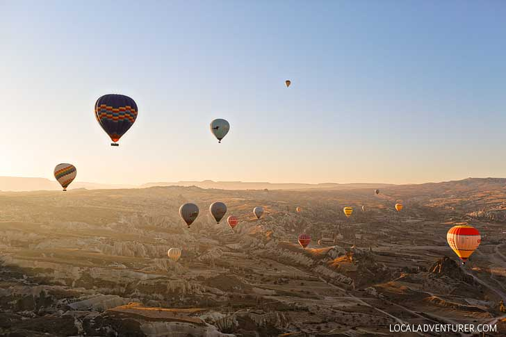 Magical Experience Riding Cappadocia Hot Air Balloons in Turkey // localadventurer.com
