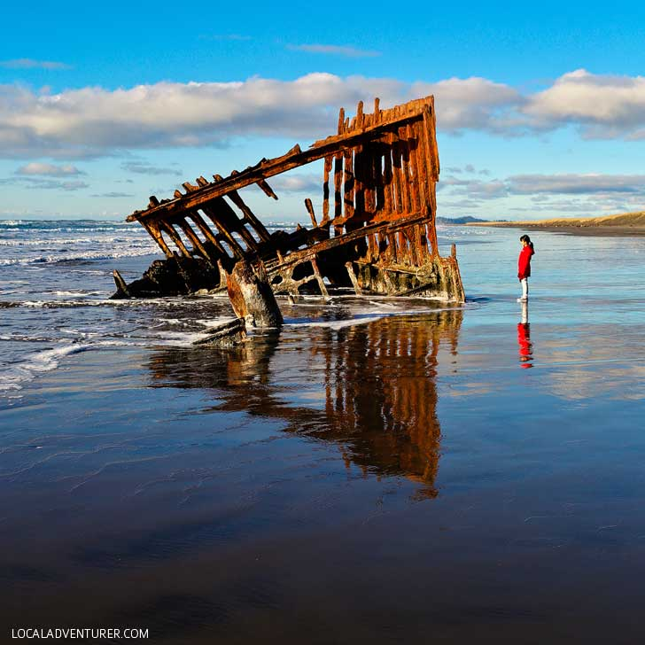 Peter Iredale Shipwreck in Fort Stevens State Park (All the Best Stops on Your Ultimate Oregon Coast Road Trip) // localadventurer.com