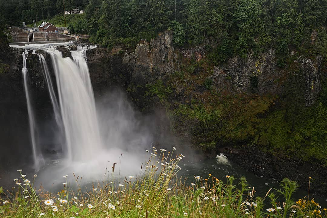 Snoqualmie Falls Hike + 101 Things to do in Seattle Bucket List Challenge