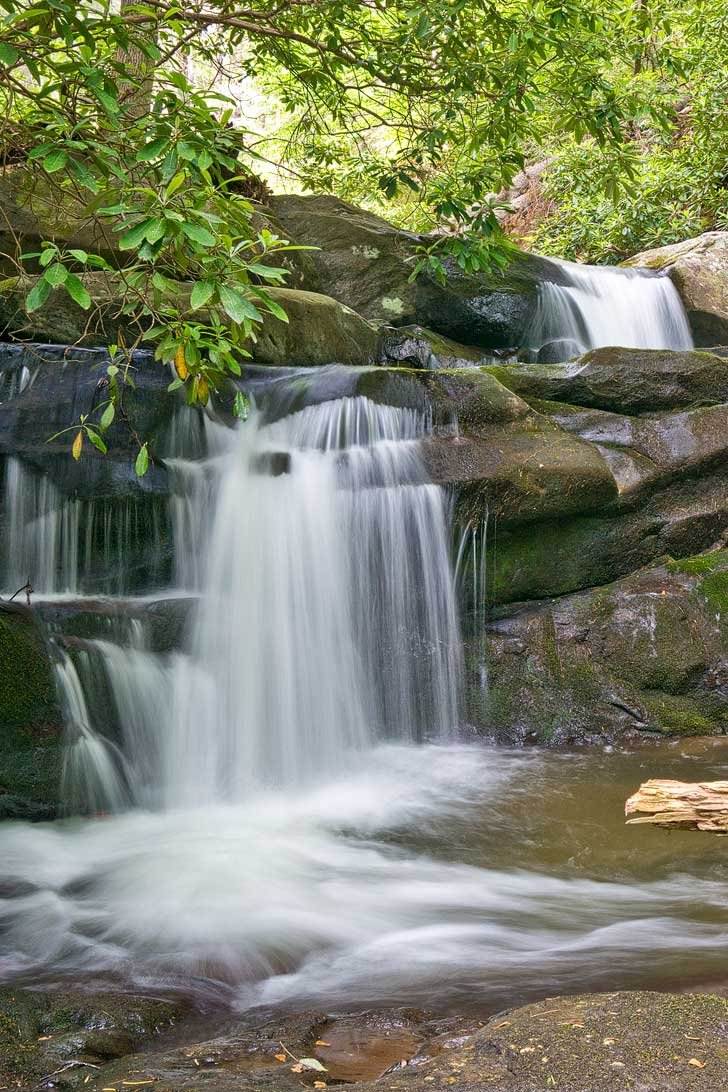 The Chattahoochee National Forest are dedicated wilderness areas, there are miles of trails, and you can explore tons of opportunity for outdoor activities // localadventurer.com
