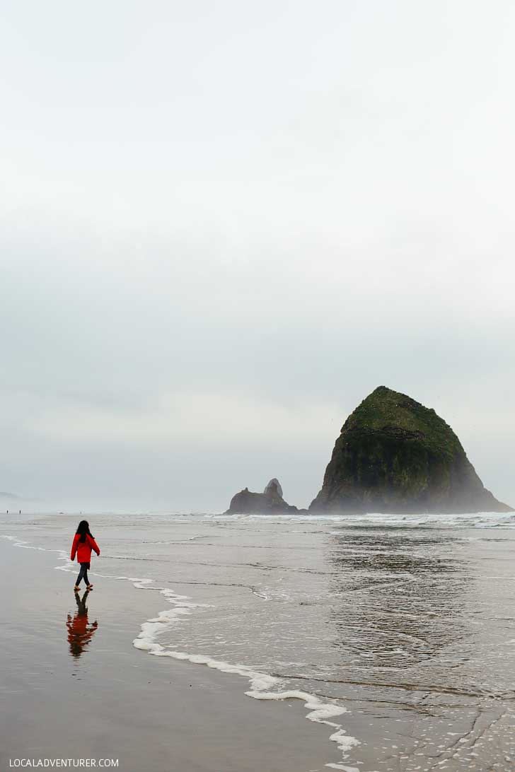 Haystack Rock, Cannon Beach + All the Best Places to Visit in Oregon // localadventurer.com