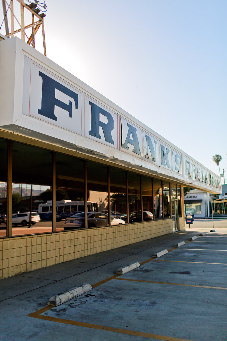 Larry Crowne Filmed at Frankies + Things to Do in Burbank California // localadventurer.com
