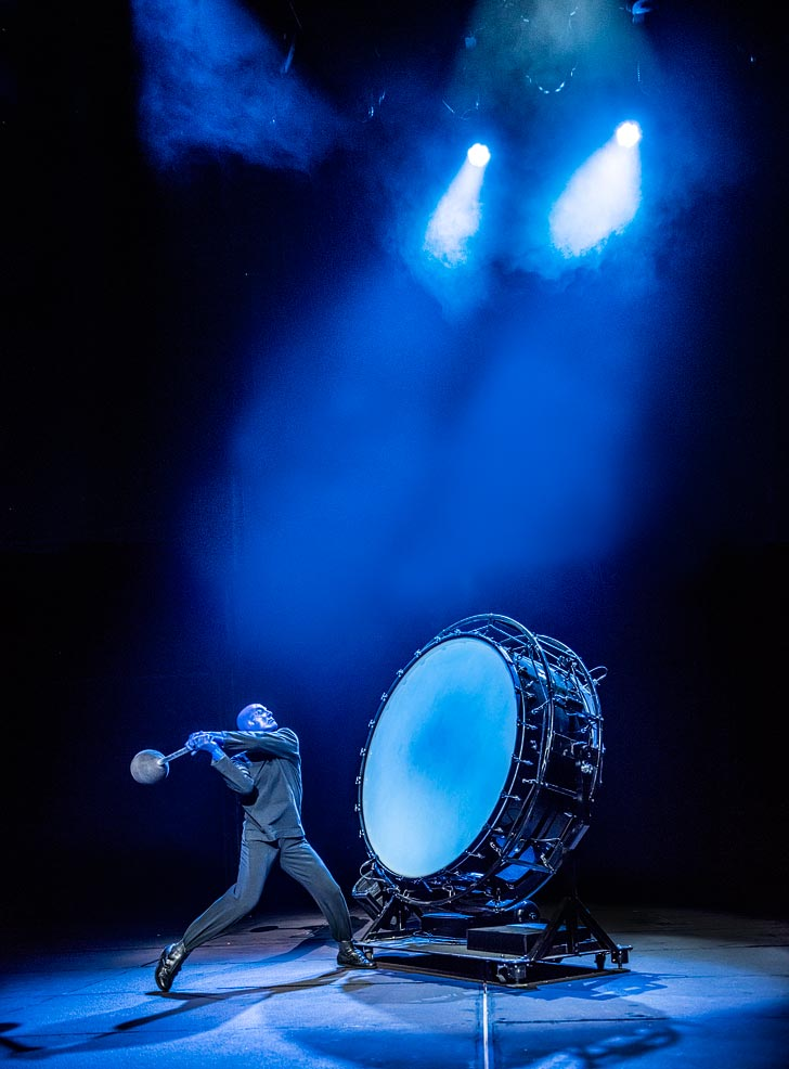 The Blue Man Group consists of a cast of eight that rotate on any given night in groups of three in order to provide this memorable show at the Monte Carlo Las Vegas seven days a /5(11).
