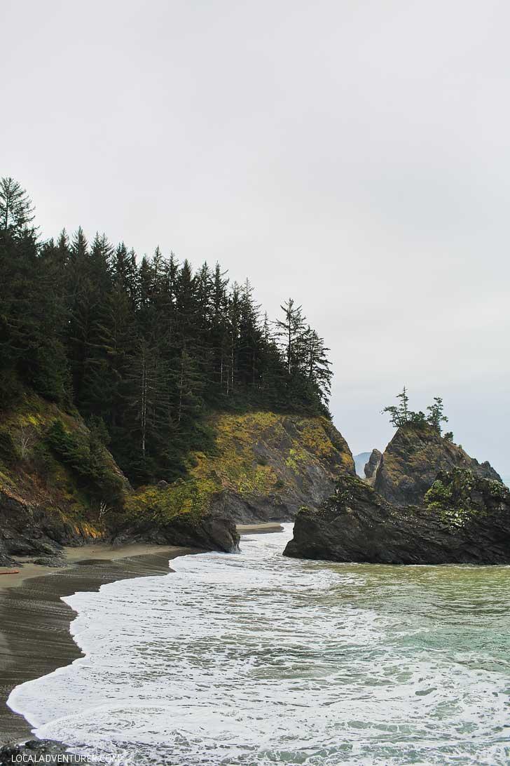Secret Beach, Samuel Boardman Park, Oregon Coast // localadventurer.com